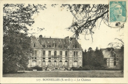 BONNIELLES - Le Château             -- Baslé 517 - Autres Communes