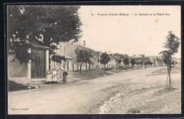 POURU - SAINT - REMY . Le Calvaire Et Le Petite - Rue . - Other Municipalities