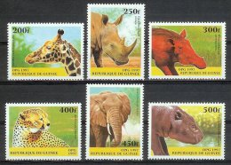 Mua257 FAUNA OLIFANT GIRAF NEUSHOORN ZWIJN CHEETAH KAT NIJLPAAARD ELEPHANT RHINO CAT PIG HIPPO MAMMAL GUINÉE 1997 PF/MNH - Wild
