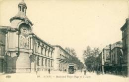 Nîmes  Boulevard Victor Hugo Et Le Lycée   Cpa - Nîmes