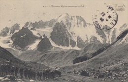 CPA - Chasseurs Alpins Traversant Un Col - - Régiments