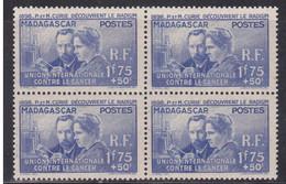 MADAGASCAR - YVERT N° 206 ** BLOC DE 4  - COTE = 76.8 EUROS - Madagascar (1889-1960)
