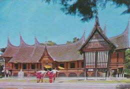 Umbrella Dance With Background Of Museum   Bukit  Tinggi  West Sumatra    A-3515 - Indonesia