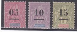 MADAGASCAR - GROUPE - YVERT N° 48/50 *  - COTE = 53.5 EUROS - Madagascar (1889-1960)