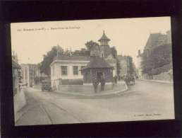 35 Dinard   Rond Point De L'horloge édit. Lamiré N° 121 Rails Du Tramway , Automobile Camion Berliet ? - Dinard