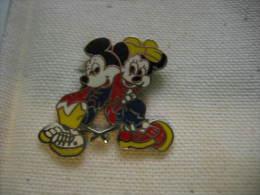 Pin´s BD Mickey Ey Minnie Dos à Dos - BD