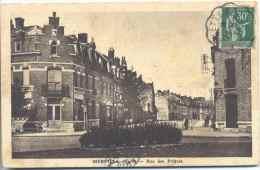 CPA Merville Rue Des Pretres - Merville