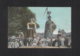 CP Douai Gayant Et Sa Famille 1915 - Douai