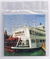 DISNEY Eurodisney PUZZLE 12 Pieces 8X8cm MARK TWAIN Le Bateau à Aubes  Mississipi Boat  ETAT NEUF - Merchandising