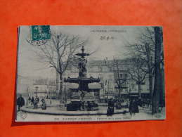 CPA CLERMONT FERRAND   - 63 - Fontaine De La Place Delille - Puy De Dome - - Clermont Ferrand