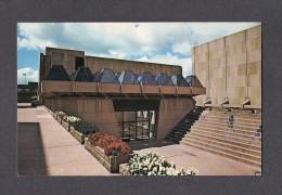 PRINCE EDWARD ISLAND - ILE DU PRINCE EDWARD - CHARLOTTETOWN - THE MAIN ENTRANCE CONFEDERATION CENTRE - Charlottetown