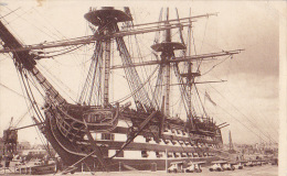 H.M.S VICTORY PORTSMOUTH DOCKYARD - Voiliers