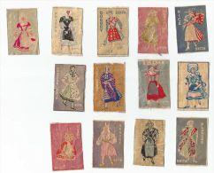 13 étiquettes De Boite D'allumettes Costumes Des Provinces Françaises De La SEITA - Matchbox Labels