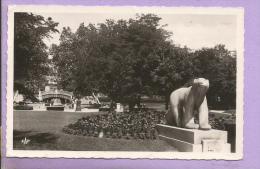 """21 - DIJON - Le   Monument Pompon """"l'Ours Polaire """" - Oblitérée En 1961 - Dijon"""