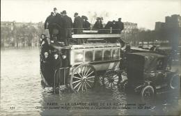 PARIS 7 -  Omnubus Passant Malgré L'inondation L'esplanade Des Invalides   (grande Crue 1 910       -- ND 172 - Distretto: 07