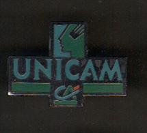 31550-Pin's Crédit Agricole.Banque.UNICAM.si Gné Formula Paris. - Banques