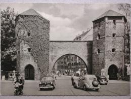 Ford 15M, Mercedes 220, VW 1200 Coccinelle, München - Turismo