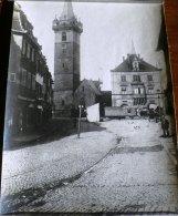 OBERNAI 1920, Place Du Marché. Vehicule Avec Remorque (14,5x 20,5cm) - Photos