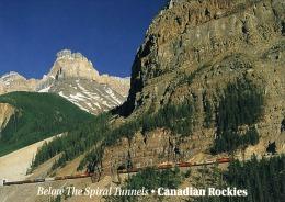 Train CPR In The Spiral Tunnels Kicking Horse Pass In Yoho National Park Canada - Treinen
