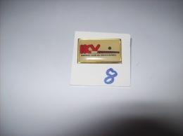 PIN´S - HOCKEY  - Hockey Club De VALENCIENNES  H.C.V   -   Voir Photo ( 8 ) - Pins