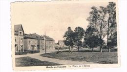B4588    MARCHE-EN-FAMENNE : La Place De L 'Etang - Marche-en-Famenne