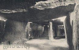 Bagneux  -  Interieur Du Grand Dolmen.  S-374 - Dolmen & Menhirs