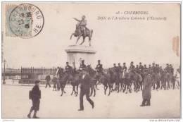 50 CHERBOURG MILITAIRE DEFILE DE ARTILLERIE - Cherbourg