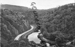 22 - GOUAREC - VALLEE DU BONNET ROUGE   CANAL DE NANTES A BREST - Gouarec