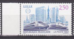 N° 2811 Congrès De Lma Fédération Des Sociétes PhilatélliquesFrançaise à Lille: TGV Et Batiments - France