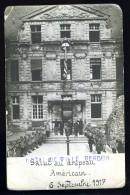Rare Cpa Carte Photo Du 55 Verdun Hôtel De Ville Le 6 Septembre 1917 Salut Au Drapeau Américain     HRT3 - Verdun