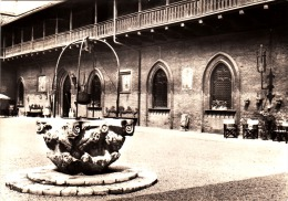 2820.   Carimate - Cortile Castello - 1966 - Other Cities