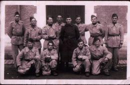 Militaria  - à Identifier - Groupe De  Soldats - Voir Verso -  Sc24/1 - Militaria