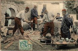PAR02 - CPA – Militaria – Armée Française – Repassage D'une Cravate – 1907 - Other Wars