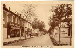 Portes Les Valence - La Rue Principale (magasin Casino / Maisons Economiques à Gauche) - France