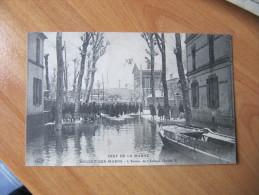 K1 CPA  94. NOGENT-SUR-MARNE. Crue De La Marne. L'Entrée De L'Avenue Charles V - Nogent Sur Marne
