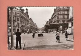 * CPSM..( Dépt 71 )..CHALON Sur SAONE : Boulevard De La République  :  Voir Les 2 Scans - Chalon Sur Saone
