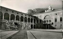 MONACO. IL PALAZZO DEL PRINCIPE. LA GRANDE SCALA E LA CAPPELLA PALATINA. CARTOLINA DEL 1958 - Postales
