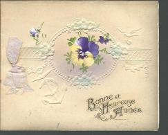 Bonne Et Heureuse Année, Carte Gaufrée, Au Motif De Violette - New Year