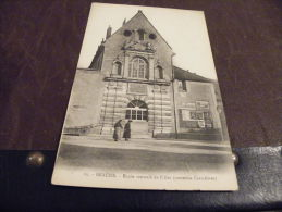 A28.CPA.21 (COTE-D'OR)...BEAUNE..Ecole De Filles (autrefois Carmélites).rare Beau Plan Animé .non écrite - Beaune