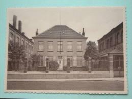 Zusters Van Liefde Te LOVENDEGEM Huis Van Den E.H. Aalmoezenier - Anno 19?? ( Zie Foto Voor Détails ) !! - Lovendegem