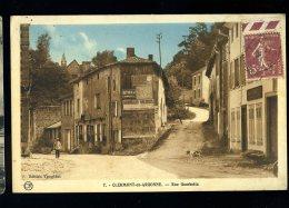 Cpa Du 55  Clermont En Argonne  Rue Gambetta         HRT8 - Clermont En Argonne