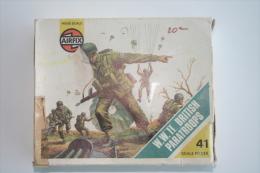Airfix WW2 British Paratroops, Scale HO/OO, Vintage - Figurines