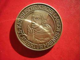 MEDAILLE   WEICHE DEP KIRCHE AM 31 AUGUST1985  KATHOLISCHE KIRCHE LANGEN  ST ALBERT US MAGNUS - Allemagne