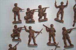 Airfix WW2 American Troops ???, 22 Pc, Scale HO/OO, Vintage - Figurines