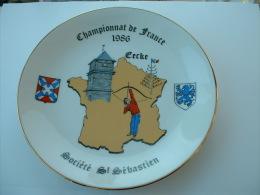 ASSIETTE TIR A L�ARC  - CHAMPIONNAT DE FRANCE EECKE 1986