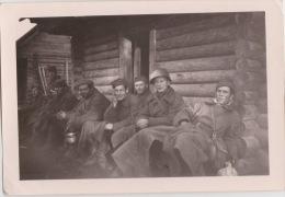 PHOTO ORIGINALE  39 / 45  WW2 WEHRMACHT FRONT RUSSE SOLDATS AU REPOS - Krieg, Militär
