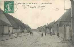 Nov13 646 : Inchy-en-Artois  -  Rue Du Calvaire - France