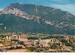 SAINT-EGREVE (Isère), Vue Générale Aérienne, Au Fond Le Casque Du Néron, Montagne - Autres Communes