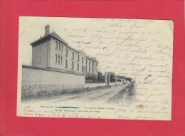 CPA - VILLIERS Sur MARNE - Pensionnat De La Sainte Famille - Façade Principale Vue Prise Du Nord - 1915 - Villiers Sur Marne