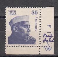 INDIA, 1980, Definitive, Nehru, 35p, Small Stamp, Perf/Dent 14.5,   MNH, (**) - Nuevos